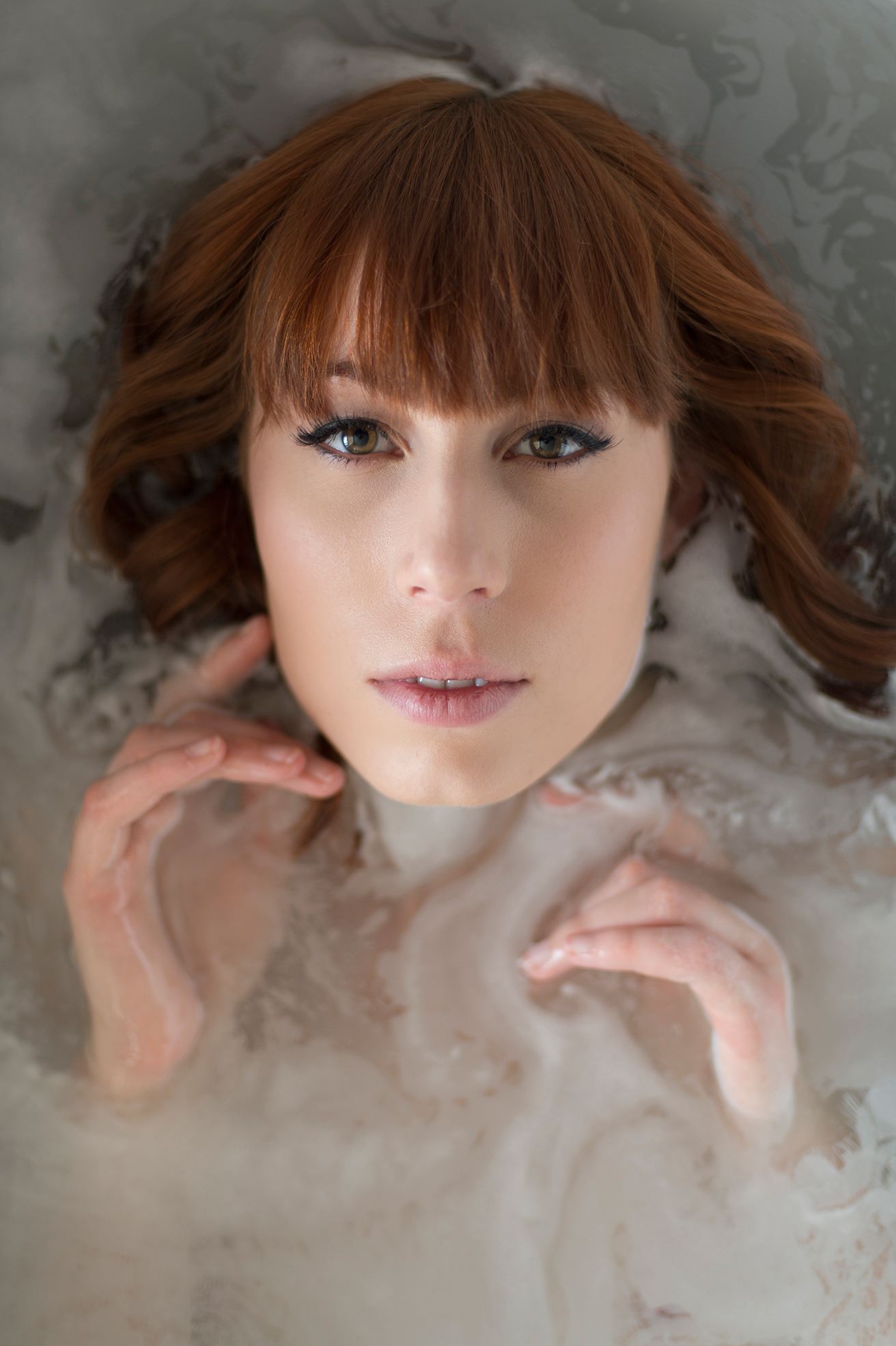 Boudoir photography in bathtub
