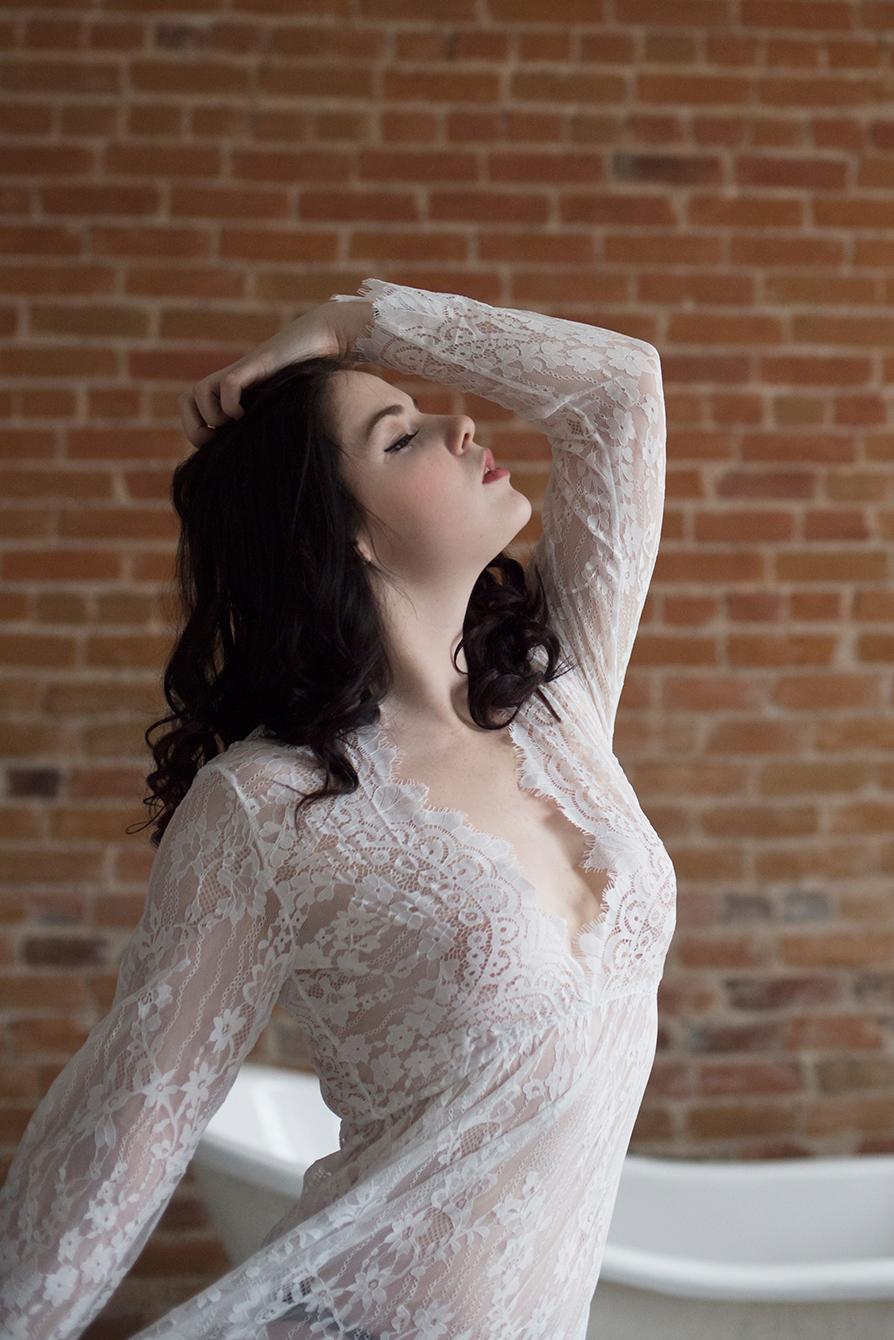 Elegant boudoir photography ottawa