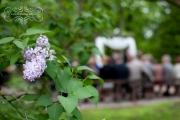 strathmere-inn-garden-spring-wedding-06