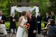 strathmere-inn-garden-spring-wedding-13