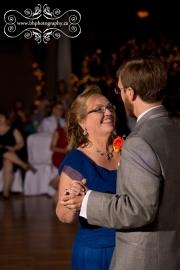 46-Stanleys_maple_lane_farm_wedding