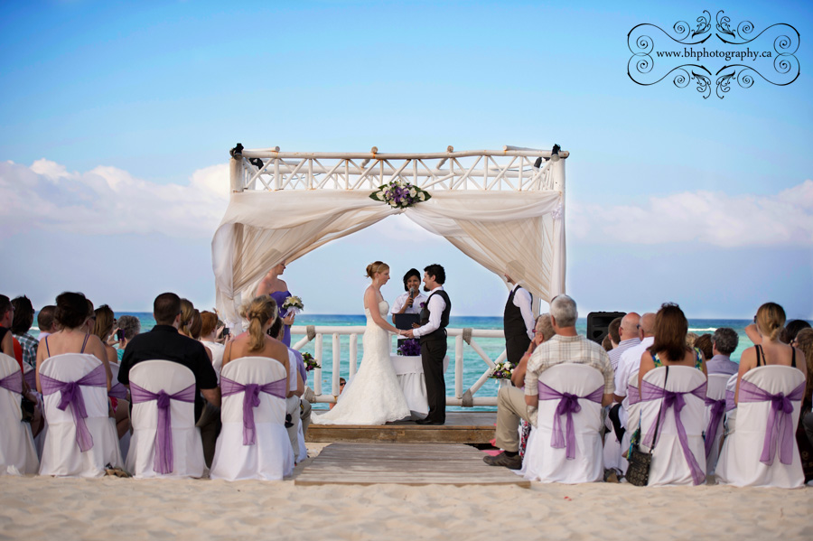 Kathryn Amp Dave A Destination Wedding At The Gran Bahia Resort Punta Cana Dominican Republic