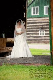 Stonefields_Vintage_Farm_Wedding_Ottawa-16