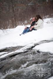 Ottawa_valley_winter_wedding_engagement-02