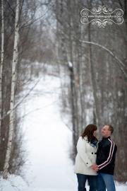 Ottawa_valley_winter_wedding_engagement-05