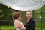 strathmere-inn-garden-spring-wedding-11