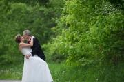 strathmere-inn-garden-spring-wedding-22